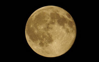 FULL Moon – How to keep your Balance with a Healthy Stomach