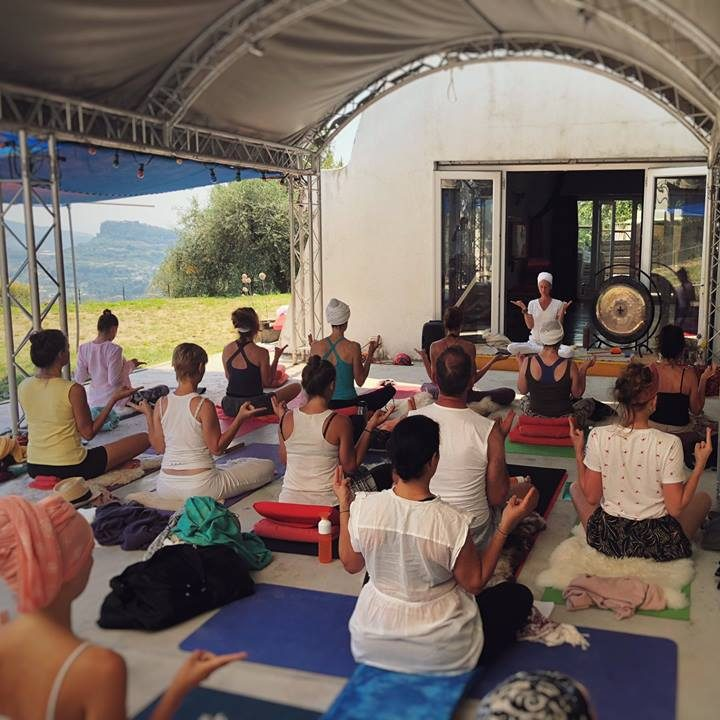 Kundalini Yoga Retreat Italy 2018 - www.kundaliniyogaschool.org